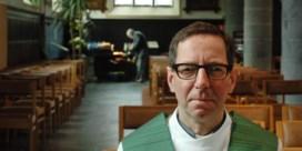 Waar pastoor Mertens opdaagt, ontstaat ruzie