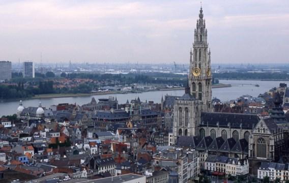 1.600 euro per Antwerpenaar, 280 per Ninovieter? 'Niet meer te rechtvaardigen', zegt Beke