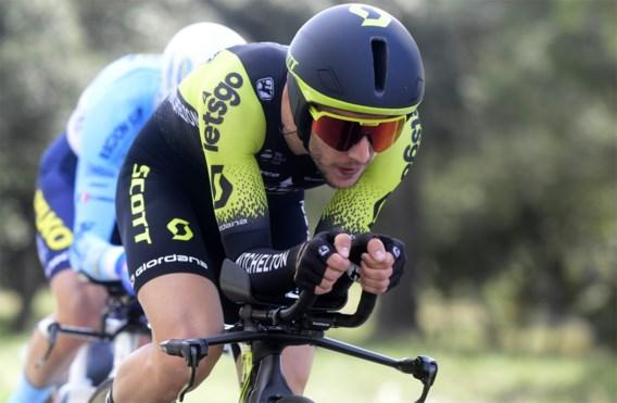 Simon Yates wint verrassend de tijdrit in Parijs-Nice, Michal Kwiatkowski blijft leider met ploegmaat net achter zich