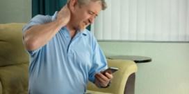 Heeft intens smartphonegebruik impact op de nek?