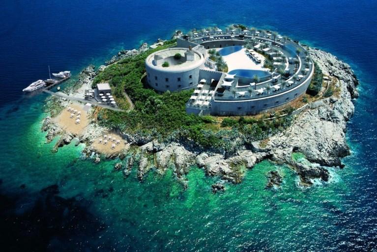 Omstreden gevangenis wordt vijfsterrenhotel