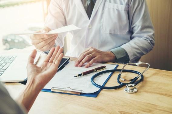 Vrouwen zijn vaker langer ziek en het is gissen naar de reden waarom