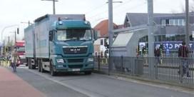 Mortsel kreunt onder vrachtverkeer door Waze