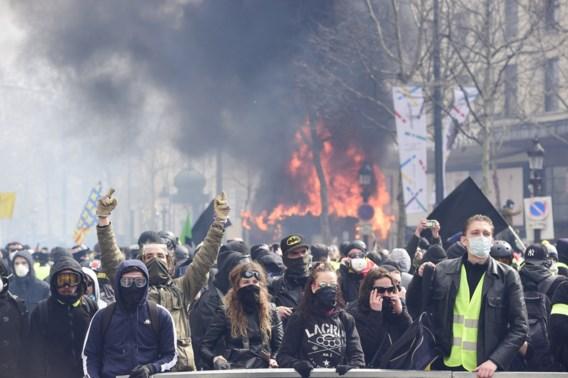 Frankrijk verbiedt betogingen van gele hesjes in verschillende grote steden
