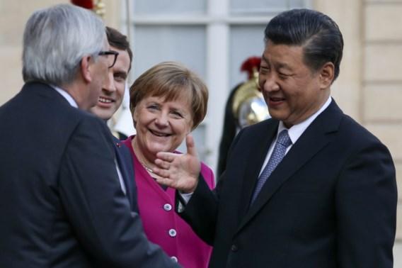 Macron wil dat EU beter gaat samenwerken met China: 'Evenwichtiger kader creëren'