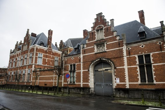 Milde straffen voor cipiers gevangenis Vorst