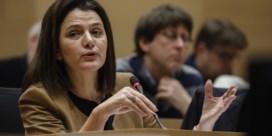 Meer transparantie over toekenning humanitaire visa