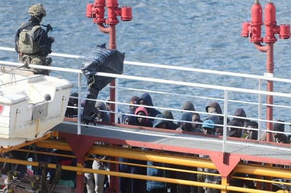 Leger begeleidt gekaapt schip naar haven op Malta
