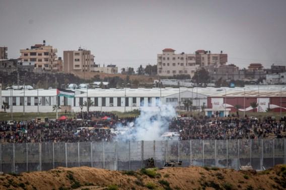 Tienduizenden Gazanen betogen aan Israëlische grens: 4 doden en 250 gewonden