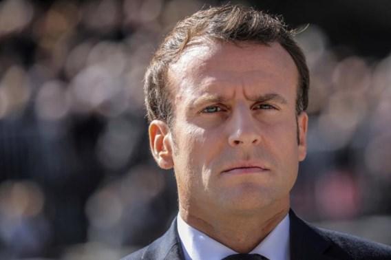 Macron benoemt vertrouwelingen