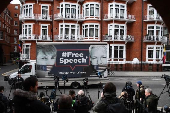 Geruchten dat Assange uit Ecuadoraanse ambassade wordt gezet