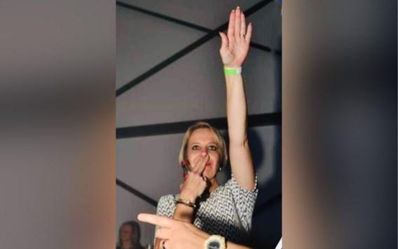 Vlaams Belang-voorzitster uit partij gezet na 'dronken' Hitlergroet op feestje