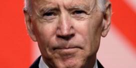 'Joe Biden had me toestemming moeten vragen voor een knuffel'
