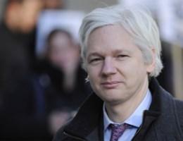 Julian Assange, van de collateral murder video tot de Clinton-e-mails