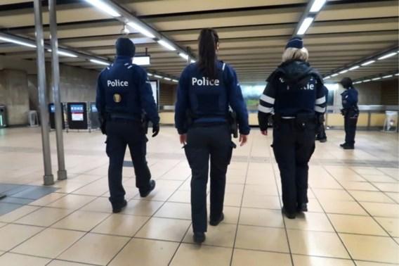 Een op de vier agentes bij federale politie lastiggevallen door collega