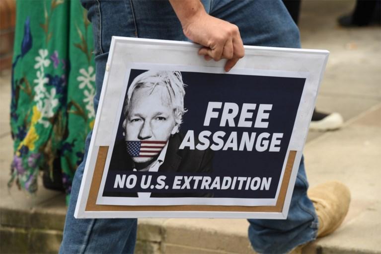 'Assange probeerde spionagecentrum op te richten in ambassade Ecuador'