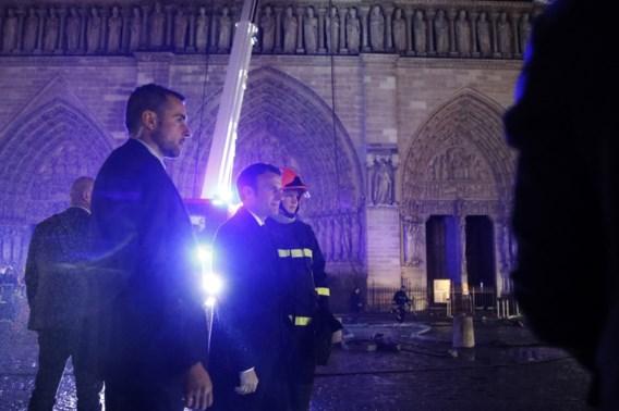 Hoopvolle Macron: 'Notre-Dame binnen vijf jaar mooier dan ooit wederopgebouwd'