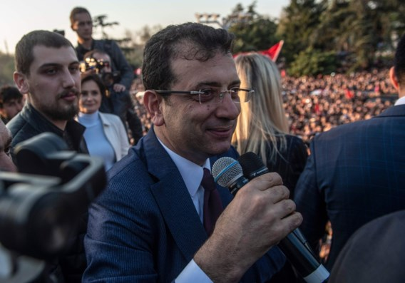 Uitdager Erdogan uitgeroepen tot burgemeester van Istanbul