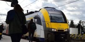 NMBS behoudt controleur op alle treinen