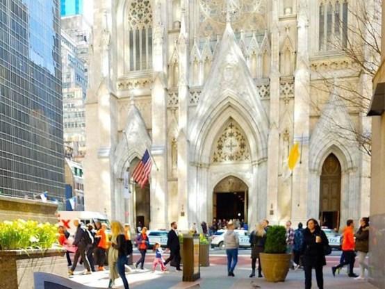 Man met jerrycans opgepakt aan New Yorkse kathedraal