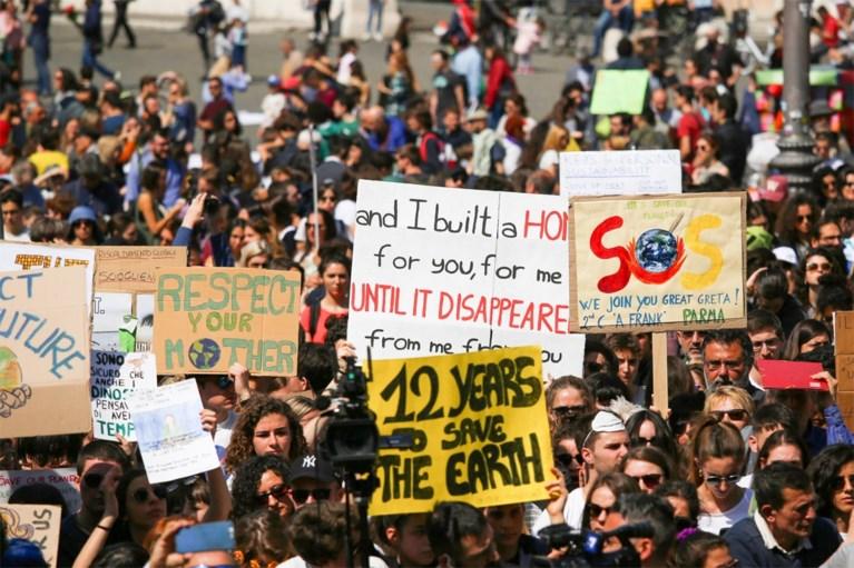 Duizenden betogen samen met Greta Thunberg en Anuna De Wever voor klimaat in Rome