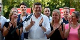 SP.A belooft de kiezer zekerheid. 'Ze moeten zeggen: 'miljaar, daar zijn die sossen weer''