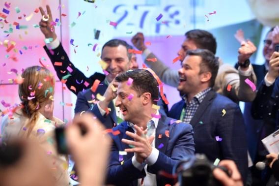 Komiek Zelenski haalt het met ruime meerderheid in presidentsverkiezingen Oekraïne