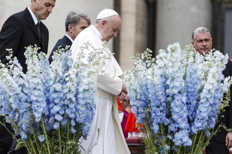 Paus Franciscus: 'Syriërs moeten op veilige manier terug naar huis kunnen keren'