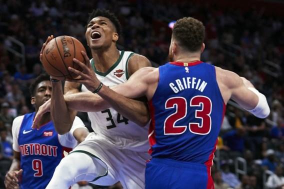 """NBA. Milwaukee eindelijk nog eens naar tweede ronde dankzij wonderkorf van Giannis """"Greek Freak"""" Antetokounmpo"""