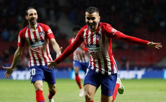Atletico Madrid stelt titelfeest van Barcelona nog even uit met winst tegen Valencia