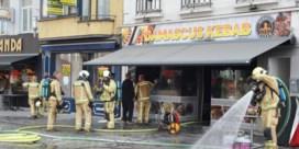 Uitbater sticht brand in eigen restaurant