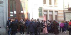 Tweehonderdtal ouders demonstreren aan Schaarbeekse school na mogelijk geval van aanranding