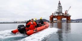 Greenpeace-activisten beklimmen boorplatform in Noorwegen