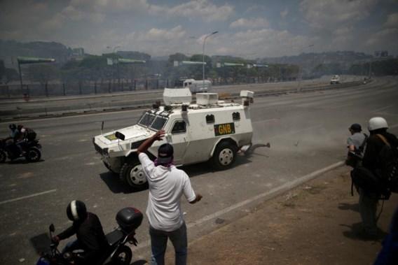 Tientallen gewonden bij geweld in Venezuela na 'couppoging' oppositie