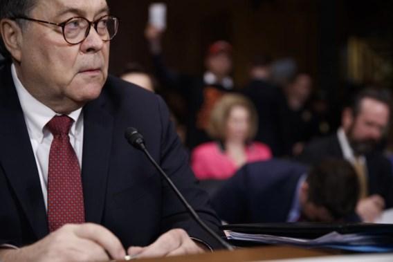 William Barr verdedigt aanpak vrijgegeven Mueller-rapport