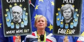 Britten koelen frustratie op May én Corbyn