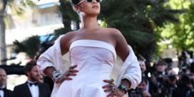 Lak aan stijlregels: Rihanna verzet bakens in de modewereld