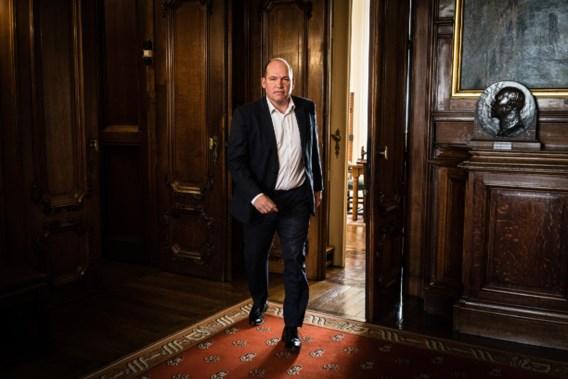 Philippe Close richt zich tot Vlaanderen: 'Wij vragen geen geld, wel leerkrachten Nederlands'