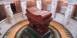 Gezocht: 800.000 euro voor graf Napoleon