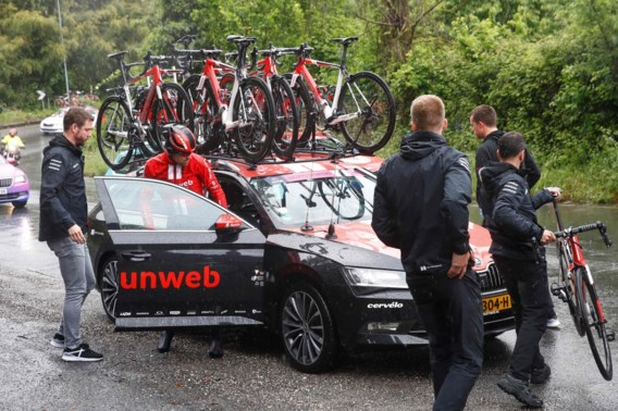 Tom Dumoulin geeft dan toch op in Giro