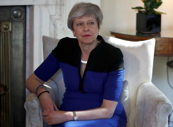 Theresa May legt Brexit-deal begin juni weer voor aan parlement
