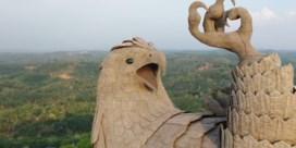 Dit is het grootste vogelstandbeeld ter wereld