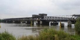 Scheldebrug twee weken langer afgesloten voor het verkeer