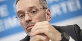Radicaal-rechtse FPÖ stapt op uit regering Oostenrijk