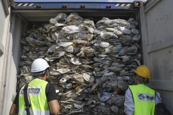 Maleisië houdt woord en stuurt drieduizend ton plastic afval terug