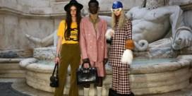 Gucci brengt een ode aan de vrijheid met kleurrijke modeshow in Rome