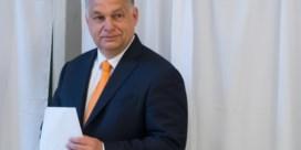 Nederige Orban wil invloed op Europees toneel redden