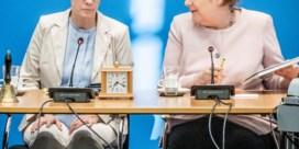 Merkels Grote Coalitie op losse schroeven