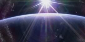 Elke dag zien astronauten 16 keer deze adembenemende zonsondergang