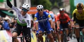 Edvald Boasson Hagen verslaat Philippe Gilbert en Wout van Aert en pakt eerste rit in Dauphiné